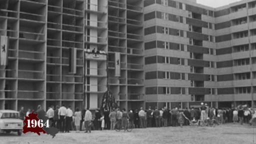 Wohnungsbau in Ost und West